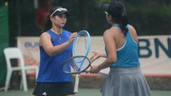Indosport - Beatrice Gumulya/Jessy Rompies di turnamen BNI Tennis Open 2019 sebagai persiapan jelang SEA Games 2019.