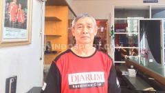 Indosport - Ditanya kabar Mia Audina, Christian Hadinata ikut geleng kepala.