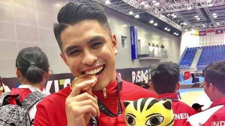 Atlet karate Filipina, James de los Santos, dicoret dari SEA Games 2019. - INDOSPORT