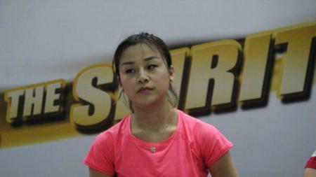 Mantan musuh bebuyutan Tontowi Ahmad/Liliyana Natsir asal China, Ma Jin yang kini sudah menjadi pelatih, kerap bersikap aneh saat tiba di tempat latihan. - INDOSPORT