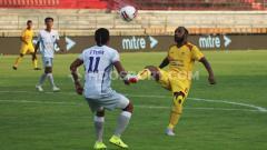Indosport - Hasil pertandingan semifinal Liga 2 2019 yang mempertemukan Sriwijaya FC vs Persita Tangerang berakhir dengan kemenangan untuk Persita Tangerang.