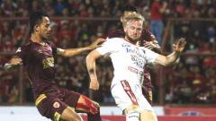 Indosport - Situasi pertandingan Liga 1 antara PSM Makassar vs Bali United