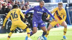 Indosport - Martin Braithwaite berhasil masuk ke dalam deretan penyerang legendaris yang pernah bermain untuk Barcelona setelah dirinya resmi diboyong dari Leganes.