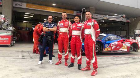 Rio Haryanto dan David Tjipto siap membawa bendera Indonesia di ajang Asian Le Mans Series bersama T2 Motorsports. - INDOSPORT