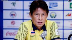 Indosport - Pelatih Timnas Thailand, Akira Nishino yang diklaim gajinya terbesar dalam sejarah ternyata masih kalah dari juru taktik Timnas Indonesia, Shin Tae-yong.