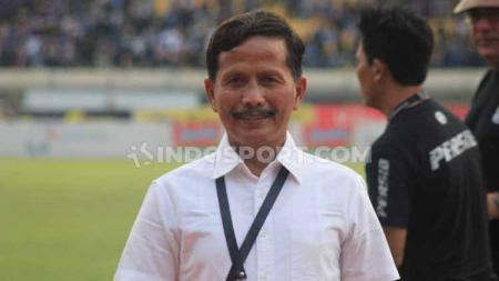 Virus Corona mengancam Liga 1, begini reaksi pelatih kepala Barito Putera, Djajang Nurdjaman. - INDOSPORT