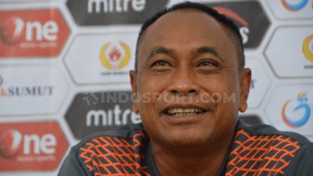 Kas Hartadi saat jumpa pers usai pertandingan perebutan peringkat ketiga Liga 2 2019 antara Sriwijaya FC vs Persiraja. - INDOSPORT