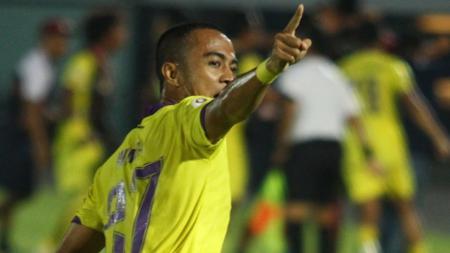 Wimba Sutan, sosok penting di balik kesuksesan Persik Kediri juara Liga 2 dan promosi ke Liga 1 2020. - INDOSPORT