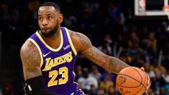 Indosport - Megabintang LA Lakers, melihat sisi terang di tengah penundaan yang dilakukan NBA akibat pandemi virus Corona.