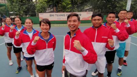 Empat wakil tim tenis Indonesia lolos ke babak semifinal SEA Games 2019 usai menyingkirkan lawan-lawannya di perempatfinal, Senin (2/12/19), di Rizal Memorial Tennis Center. - INDOSPORT