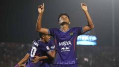 Indosport - Top Skor Liga 2 2019 milik Persita Tangerang, Sirvi Arvani sejauh ini masih melempem saat bermain di kasta teratas sepak bola Indonesia, Liga 1 2020.