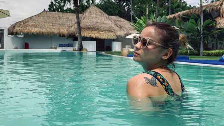 Ada 5 momen ketika model cantik Joanna Alexandra melakukan aktivitas olahraga, dimana ternyata suka main air, Selasa (26/11/19). - INDOSPORT