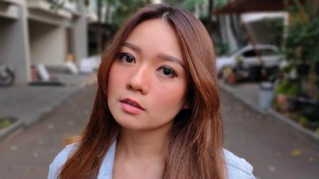Aktris cantik Stella Cornelia disebut netizen mirip dengan atlet bulutangkis China, Huang Yaqiong. - INDOSPORT