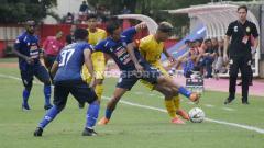 Indosport - Laga Bhayangkara FC vs Arema FC di PTIK pada Liga 1 2019 lalu.