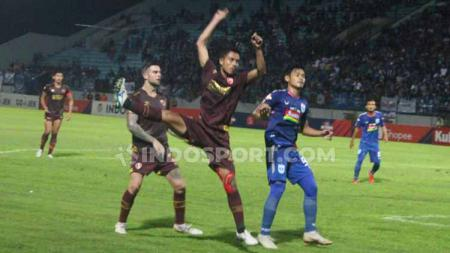 PSM Makassar ingin mepertontonkan permainan atraktifnya lagi kala melawan Persela Lamongan di lanjutan Liga 1 2019. - INDOSPORT