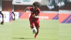 Indosport - Eks pemain Kalteng Putra dan Bhayangkara FC, Hedipo Gustavo gabung klub Vietnam, Becamex Binh Duong.