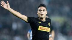 Indosport - Dianggap jadi striker terbaik dunia, Lautaro Martinez dapat izin tinggalkan Inter Milan dan gabung Barcelona dari sang legenda, Javier Saviola.