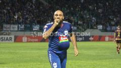 Indosport - Striker PSIS Semarang, Claudir Marini Jr terancam akan absen ketika timnya menghadapi Persipura Jayapura dalam laga pekan ke-30 kompetisi Liga 1 2019.