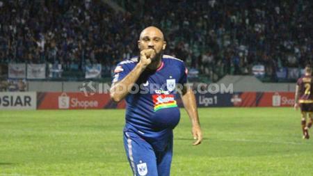 Pelatih PSIS Semarang, Bambang Nurdiansyah mengatakan timnya sebenarnya membutuhkan Claudir Marini Jr saat pekan ke-32 Liga 1 2019 menghadapi Semen Padang. - INDOSPORT