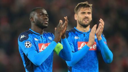 Klub LaLiga Spanyol Real Madrid dilaporkan sedang menyiapkan tawaran pada Napoli untuk mendapatkan bek tangguh Kalidou Koulibaly. - INDOSPORT