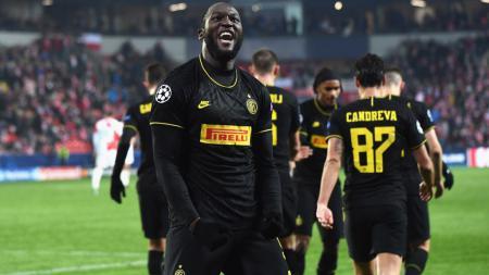 Jadi sasaran perundungan rasisme, Romelu Lukaku selaku striker andalan Inter Milan ingin UEFA segera bertindak. - INDOSPORT