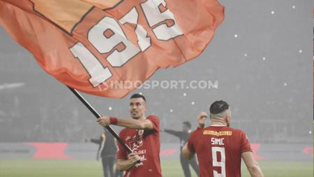 Xandao (kiri) dalam perayaan kemenangan Persija atas Persipura bertepatan di hari ultah klub ke-91. - INDOSPORT