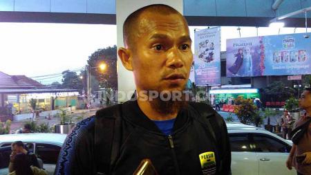 Kapten Persib, Supardi Nasir di Bandara Husein Sastranegara, Kota Bandung, Jumat (29/11/19). - INDOSPORT