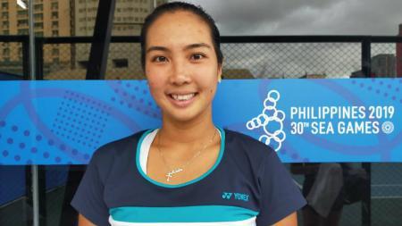Petenis tunggal putri andalan Indonesia, Aldila Sutjiadi tampil mulus di hari pertama mengalahkan petenis tuan rumah, Marian Jade Capadocia. - INDOSPORT