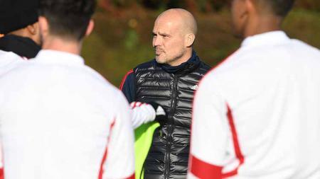 Asisten Mikel Arteta, Freddie Ljungberg, buka suara usai mimpi Arsenal untuk tampil di final Liga Europa musim ini dikandaskan Villarreal. - INDOSPORT