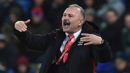 Igor Kriushenko mantan pelatih Belarus yang masuk radar Tira-Persikabo untuk menggantikan posisi Rahmad Darmawan. - INDOSPORT