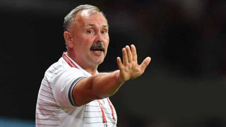 Igor Kriushenko pelatih asal Belarus yang diisukan gabung klub Liga 1, Tira Persikabo. - INDOSPORT