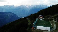 Indosport - Stadion Ottmar Hitzfeld di Swiss jadi tempat main sepak bola tertinggi di Eropa