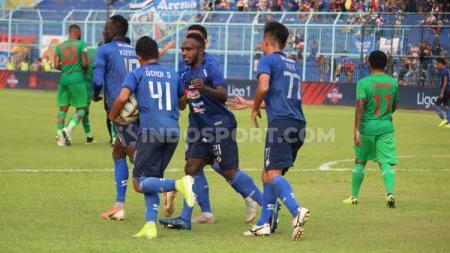 Ketua Panpel Arema FC, Abdul Haris, mengakui ada kerugian cukup besar sebagai imbas sepinya penonton saat laga menjamu Kalteng Putra - INDOSPORT