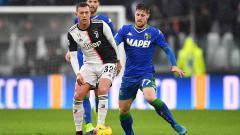 Indosport - Juventus siap melakukan segala cara demi memboyong Jorginho dari Chelsea, termasuk melepas Federico Bernardeschi sebagai gantinya ke klub Liga Inggris tersebut.