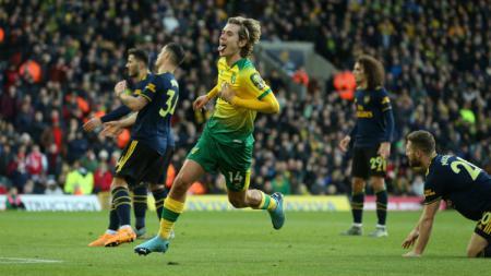 Selebrasi pemain Norwich City Todd Cantwell  bisa , usai mencetak gol ke gawang Arsenal di pekan ke-14 Liga Inggris, Minggu (01/12/19). - INDOSPORT