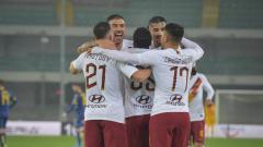 Indosport - Klub sepak bola Serie A Italia, AS Roma dilaporkan tak bisa menurunkan skuat terbaiknya pada laga kontra Inter Milan dalam lanjutan pekan ke-15 Serie A Italia, Sabtu (07/12/19).