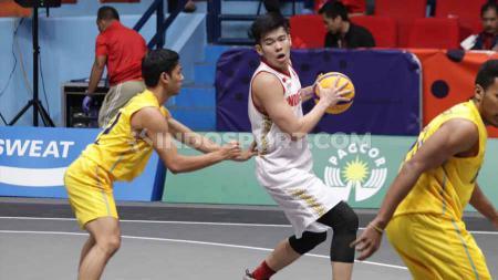Timnas Basket 3x3 Indonesia saat melawan Thailand di Fil Oil Flying Center V, Metro Manila, Senin (02/12/19). - INDOSPORT
