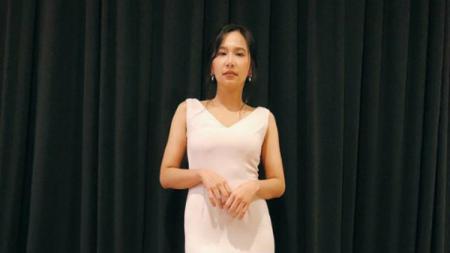 Model seksi Malaysia, Dayana Roza, menghabiskan waktu dengan Jorge Lorenzo - INDOSPORT