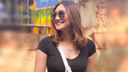 Model seksi kenamaan tanah air, Sassha Carissa mendapatkan suntikan semangat dari para netizen usai dirinya mengunggah momen kala diving di Pulau Menjangan. - INDOSPORT