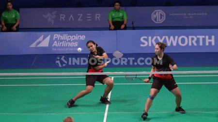 Pasangan Siti Fadia Ramadhan/Ribka Sugiarto berhasil menyamakan kedudukan menjadi 2-2 di Badminton Asia Team Championships 2020. - INDOSPORT