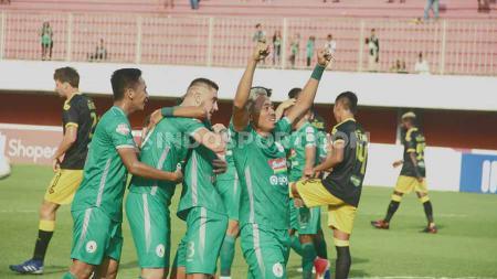 PSS Sleman berhasil mengalahkan Perseru Badak Lampung FC dengan skor telak 5-1 pada lanjutan pekan ke-30 Liga 1 2019 di Stadion Maguwoharjo, Selasa (03/12/19). - INDOSPORT