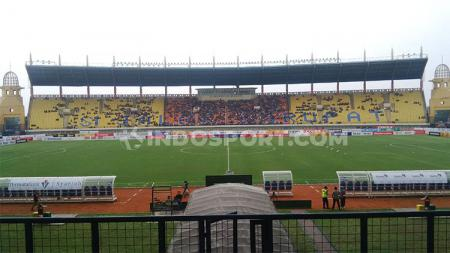 Suasana Stadion Si Jalak Harupat salah satu calon venue Piala Dunia U-20 2021. - INDOSPORT
