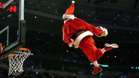 Ilustrasi olahraga dalam liburan Natal. - INDOSPORT