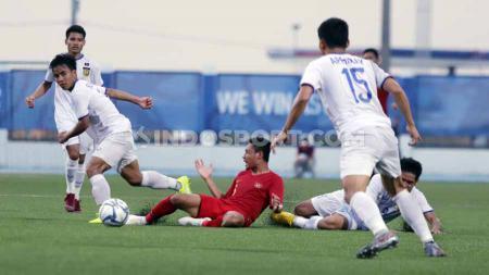 Dihajar Timnas Indonesia U-23, Pelatih Laos Sebut Timnya Kurang Beruntung. - INDOSPORT