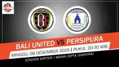 Indosport - Pertandingan antara Bali United vs Persipura Jayapura.