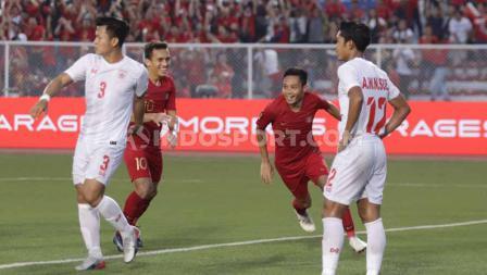 Evan Dimas menjadi pemain Timnas Indonesia U-23 pertama yang mencetak gol ke gawang Myanmar dalam lanjutan semifinal SEA Games 2019.