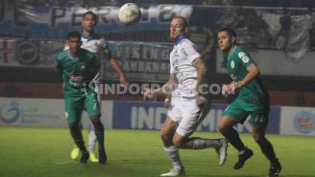 Laga PSS Sleman vs Persib Bandung - INDOSPORT
