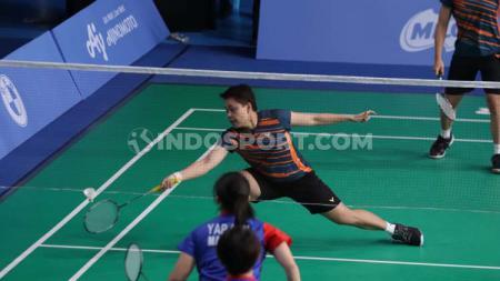Pasangan ganda putra, Apriyani Rahayu/Ni Ketut Istarani Mahadewi mengakui telah membuat banyak kesalahan usai kalah di Badminton Asia Team Championships 2020. - INDOSPORT