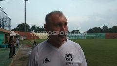 Indosport - Pelatih baru Tira Persikabo, Igor Kriushenko, kembali menjadwalkan laga uji coba melawan Persija Jakarta.