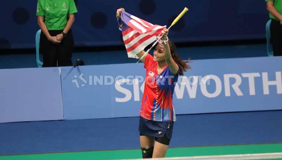 Tunggal Putri Indonesia Ruselli Hartawan ditaklukkan oleh tunggal Putri Malaysia Selvaduray Kisona di Final SEA Games 2019, Senin (09/12/19). Copyright: Ronald Seger Pprabowo/INDOSPORT